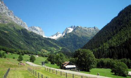 Gadmental, vue vers l'est (Photo: Wikimedia Commons)